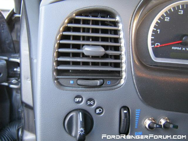 Driver's side vents