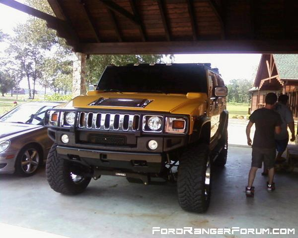 Jacked Up Ford Ranger http://www.fordrangerforum.com/members/dyl-pikl/albums/2002-ford-ranger-4-cyl-2-3l/6363-hummer-h2-jacked-up-totally-awesome/
