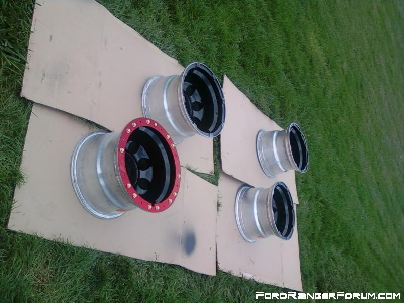 Mickey thompson classic locks 15X10 fresh paint and new red anodized rings from summit